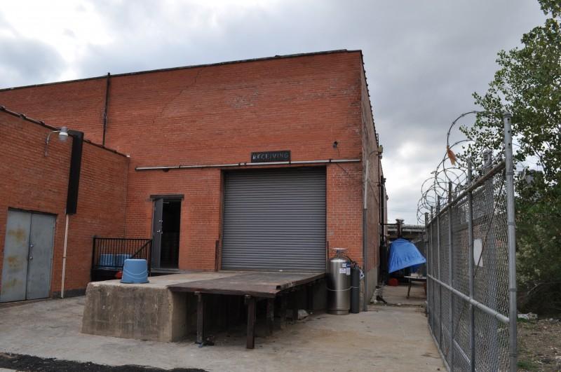 deep ellum brewing company building